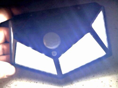 Faretto Solare 100 Led Crepuscolare e Ricaricabile Senza Fili Sensore Movimento photo review